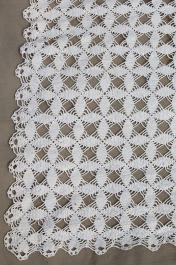 Handmade Crochet Lace Tablecloth 1940s Vintage Star Pattern Cotton