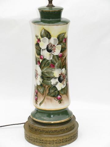 Hand Painted Christmas Roses Vintage 1940 S China Table Lamp