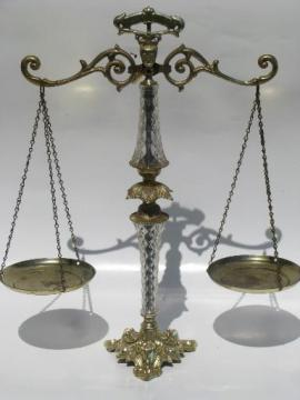 hanging balance scales for display, retro 50s lucite plastic and gold