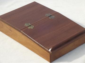 hardwood artist box  lap desk w/ sloped easel writing / drawing surface