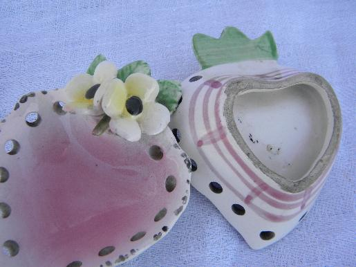 hearts and flowers hand-painted Italian pottery pin trays for jewelry