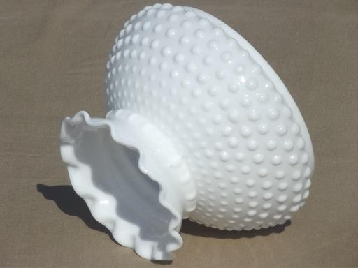hobnail milk glass shade for student lamp vintage replacement shade. Black Bedroom Furniture Sets. Home Design Ideas
