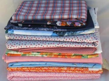 huge lot 70s vintage polyester doubleknit and tricot fabric, retro prints