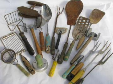 Charmant Huge Lot Fixer Upper Junk Vintage Kitchen Tools U0026 Utensils, Old Wood Handles
