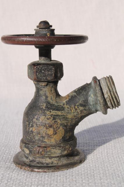 Industrial Vintage Brass Garden Spigot Valve Outdoor Faucet W/ Bronze Wheel  Tap Handle