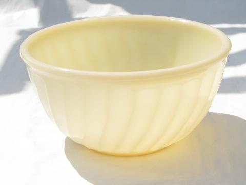 ivory swirl vintage Fire King kitchen glass mixing bowl, swirled ribbed pattern