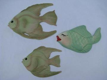 kissy fish, retro vintage ceramic & chalkware bathroom wall plaques