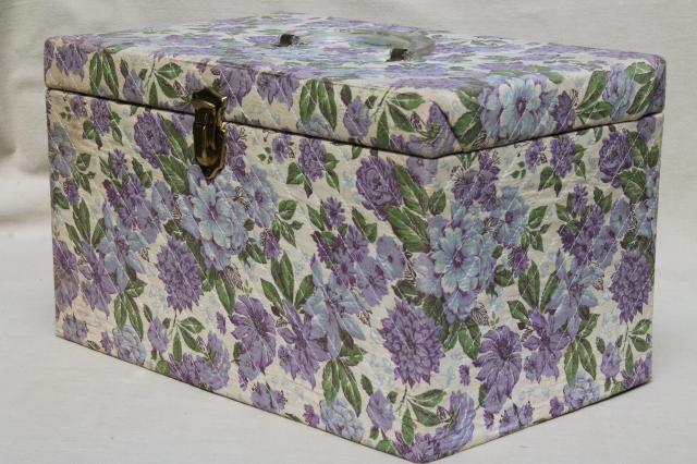 large vintage sewing box 1
