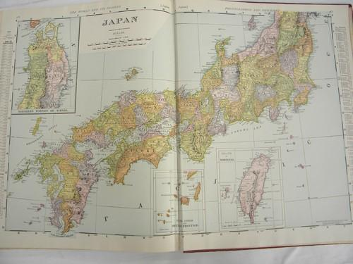 large antique Rand-McNally atlas w/color maps & photos 1906