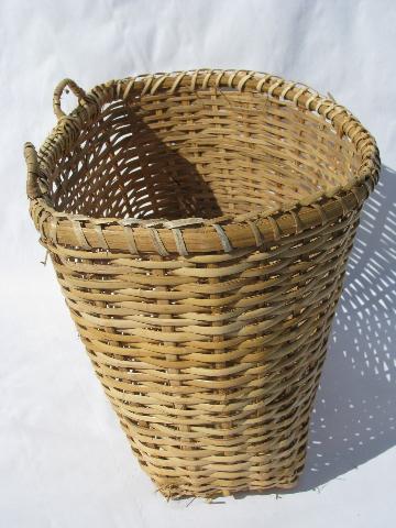 Large Flat Back Wall Pocket Basket Vintage Farm Kitchen