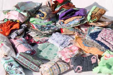 large lot vintage scrap patchwork pieces for quilt blocks, 40s 50s prints & colors