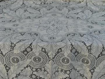 large perfect vintage ivory lace tablecloth, never used, very lovely