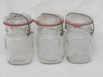 lot 3 old Ball Ideal 1 pint mason jars w/ lightning lids, WWII vintage