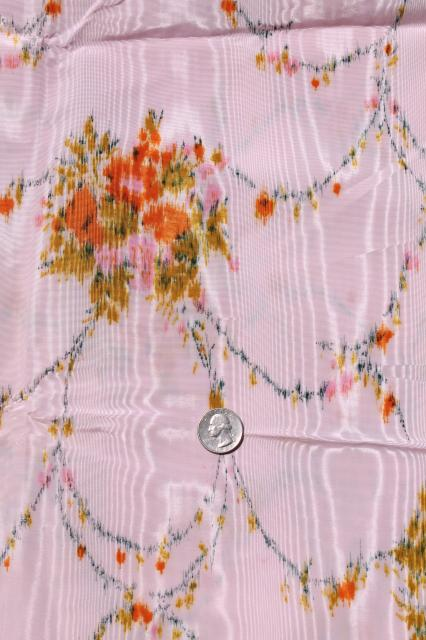 lot 60s vintage taffeta & moire fabric, retro floral prints in rust & pink