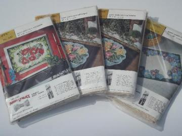 lot Aunt Lydia's printed cotton canvas for punch needle hooked rugs