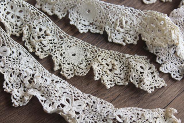 lot antique early 1900s vintage Irish crochet lace collars, edging, dress trim