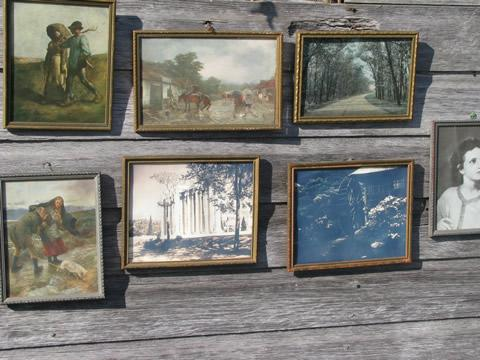 Lot Distressed Gold And Silver Wood Picture Frames Old And Vintage