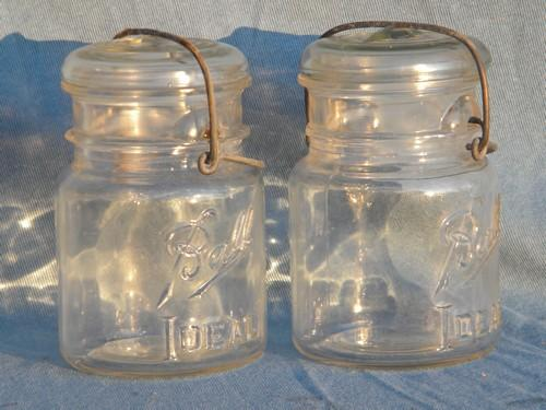lot of 4 vintage 1 pint Ball Ideal mason storage jars or canisters