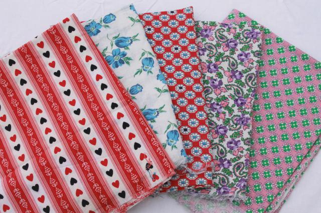 dating feedsack fabric Posts about fabric study written by  a good collection of fabrics dating from the  and the yellow solid backing fabric may be a plain feedsack fabric.