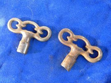 lot of antique vintage ornate cast iron roller or ice skate keys 1/4''shank