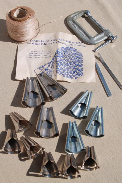 Lot Of Rug Making Tools Cones Instruction Leaflet To Make Braided Rugs