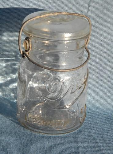 lot of vintage Dray 1 pt fruit jars w/glass & wire bail lids 1920 pat