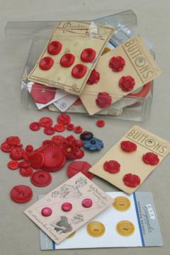 lot of vintage buttons, red, yellow, orange colored bakelite & old plastic buttons