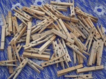 lot old wooden clothespins, 50+ vintage wood clothespins
