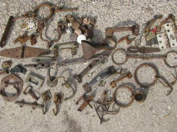 lot primitive antique & vintage hardware, hooks, pulls, latches, handles etc.