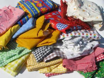 lot vintage 60s 70s quilting / crafting fabric scraps, retro prints