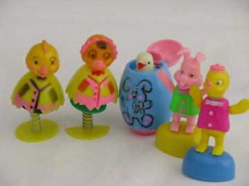 lot vintage Easter basket toys, push puppets, spring bobble critters