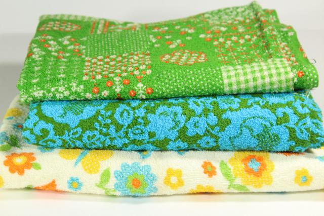 lot vintage cotton terry fabric, terrycloth toweling w/ groovy retro prints