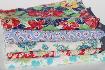 lot vintage farm feed sack fabric, cotton print feedsacks for quilting / sewing fabrics