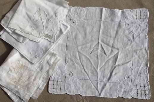 lot vintage fine cotton & linen white work handkerchiefs, Swiss, Madeira hankies etc.