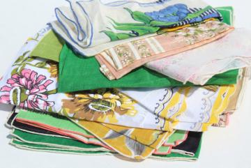 lot vintage hankies w/ flower prints, pretty printed cotton handkerchiefs