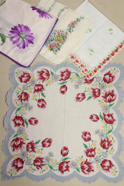 lot vintage hankies w/ flower prints, pretty printed cotton handkerchiefs