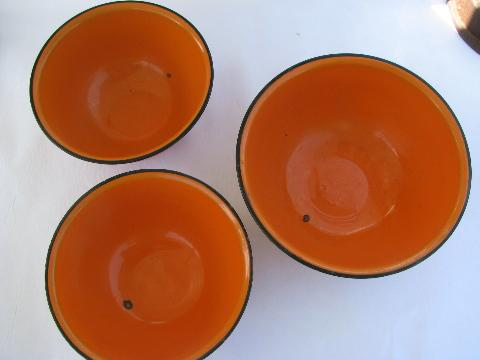 lot vintage orange enamelware kitchen bowls, country primitive fall harvest