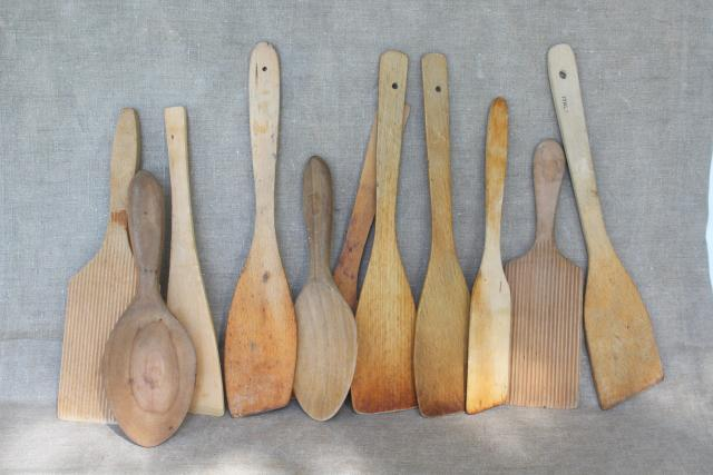 lot vintage wood spoons, spurtles, paddles - rustic farmhouse kitchenware utensils