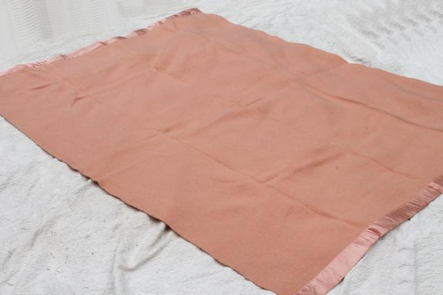 lot vintage wool bed blankets in shades of pink, warm all wool blankets for winter