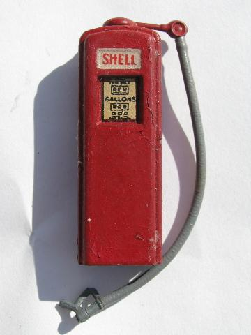Made In England Vintage Lead Metal Toy Gas Staition
