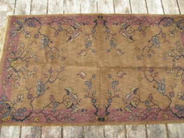 mauve w/ flowers, vintage wool rug / small parlor carpet
