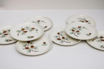 mid-century vintage Stetson pottery pine cone plates set of 8, rustic cabin holiday dinnerware
