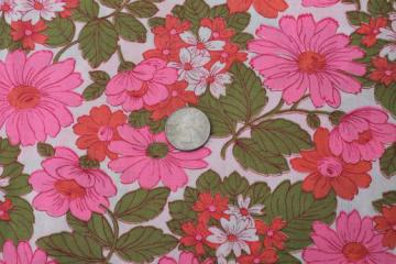 mid-century vintage daisy flowered print cotton fabric w/ day-glo neon pink daisies