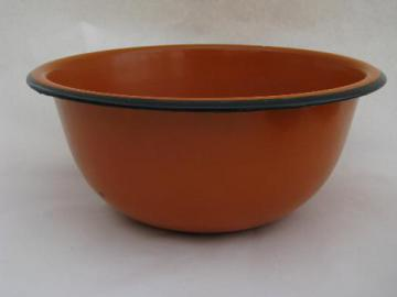 mid-century vintage enamel kitchen utility mixing bowl, mod orange color