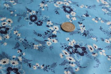 mid-century vintage fabric, quilting weight cotton w/ flowers on sky blue 36 wide x 3 yards