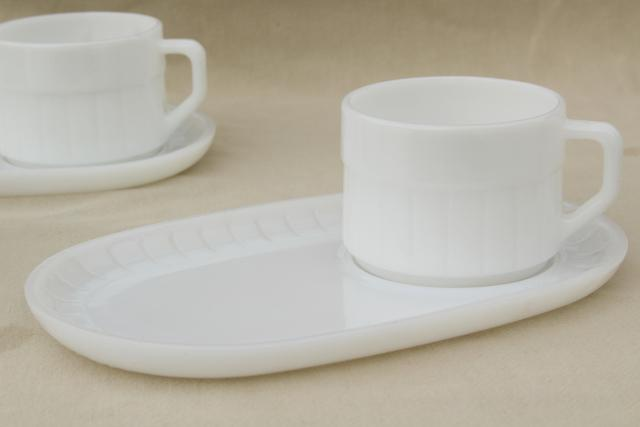 mid-century vintage milk glass soup \u0026 sandwich sets oval tray plates \u0026 mug bowls & mid-century vintage milk glass soup \u0026 sandwich sets oval tray ...