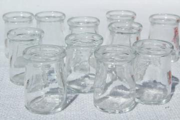 mini glass cream / milk bottles, lot old individual creamers, vintage restaurant ware