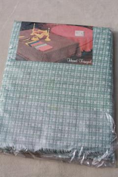mint in package Old Chicago Weavers mountain weave homespun type tablecloth