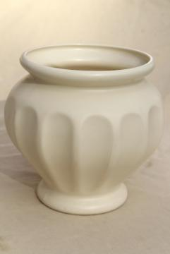 mod vintage matte white ceramic vase, Haeger pottery large urn or jar