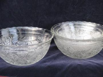 nest of bowls, Indiana sandwich daisy pattern, vintage Tiara glass